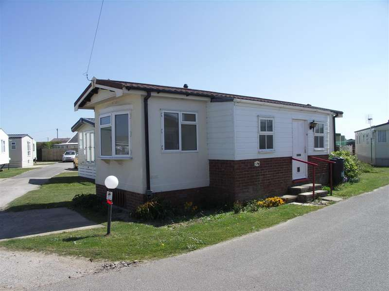 1 Bedroom Park Home Mobile Home for sale in Walcott Park, Coast Road, Norwich