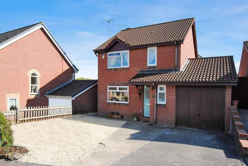 3 Bedrooms Detached House for sale in Avondown Road, Durrington, Salisbury SP4