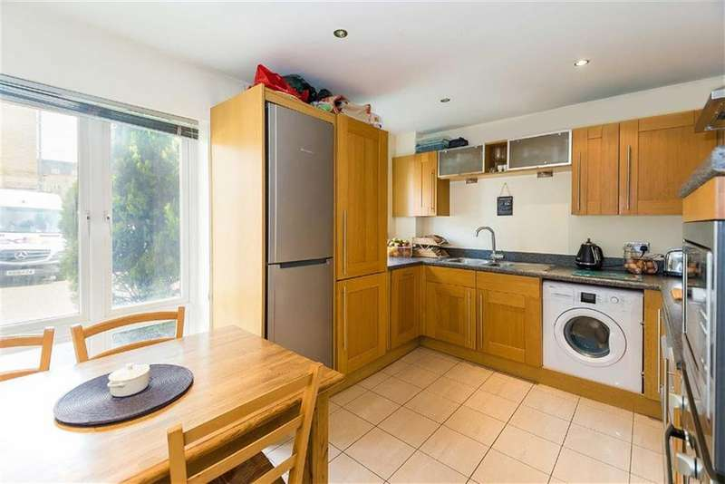 2 Bedrooms Apartment Flat for sale in Toulouse House, Watford, Herts