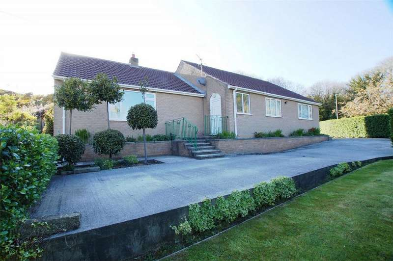 3 Bedrooms Detached Bungalow for sale in Littlemoor Close, Cloughton, Scarborough