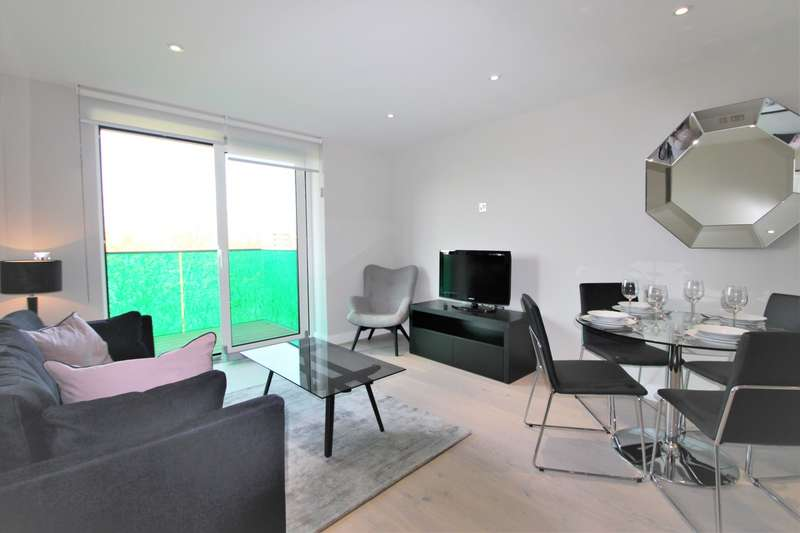 1 Bedroom Flat for sale in Plough Road, Battersea, SW11