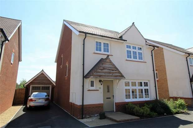 4 Bedrooms Detached House for sale in Capel Dewi Hall Road, NEWPORT