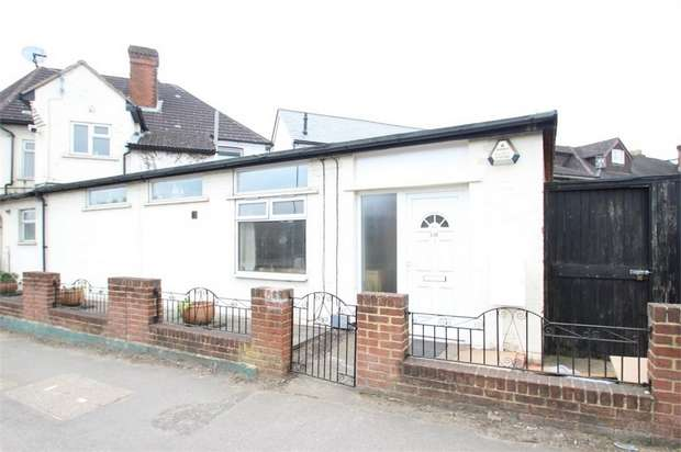 1 Bedroom Flat for sale in Stoughton Road, GUILDFORD, Surrey