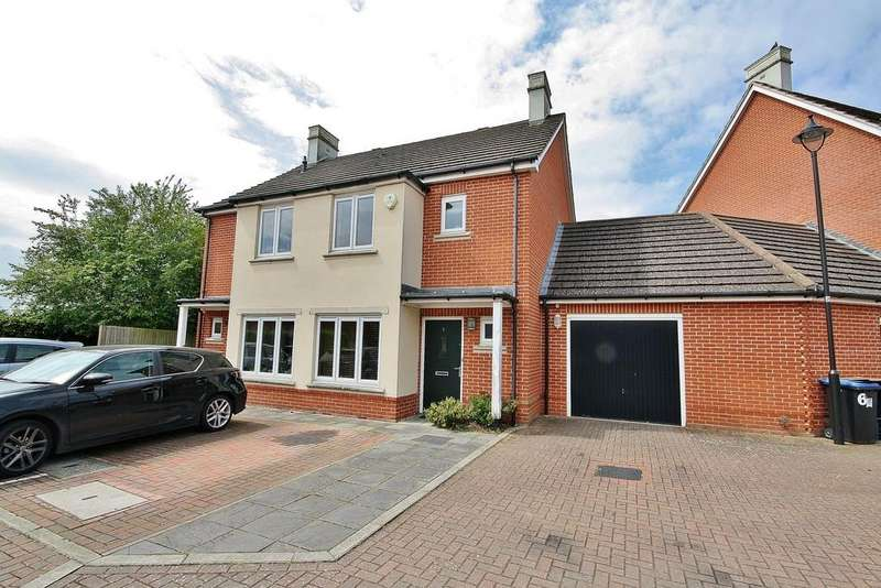 2 Bedrooms Semi Detached House for sale in Old Woking, Surrey