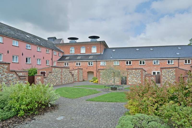 1 Bedroom Ground Flat for sale in Cherry Tree Court, Diss