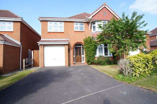 3 Bedrooms House for sale in Colliers Break, Emersons Green, Bristol, BS16 7ED