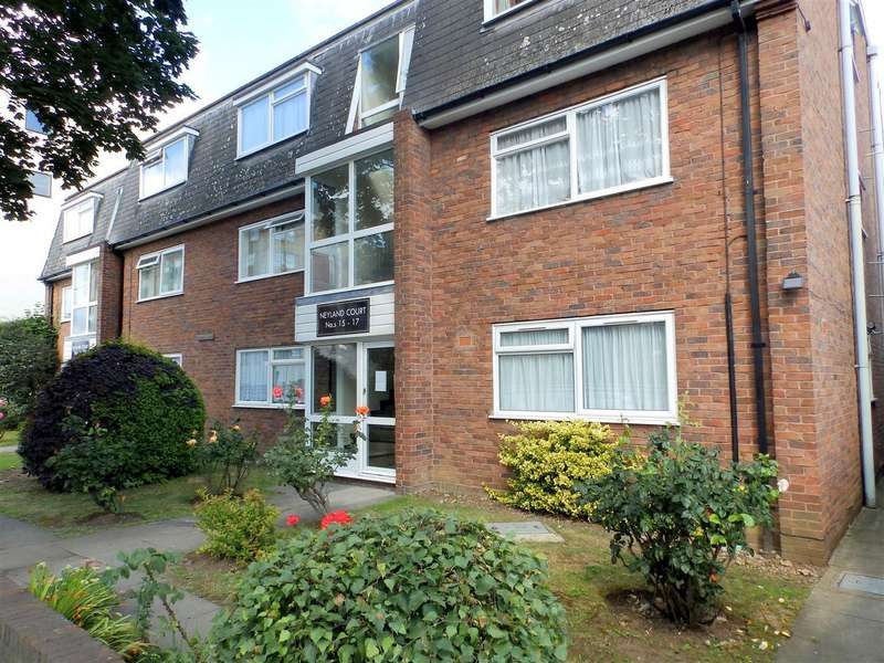 1 Bedroom Flat for sale in Pembroke Road, Ruislip