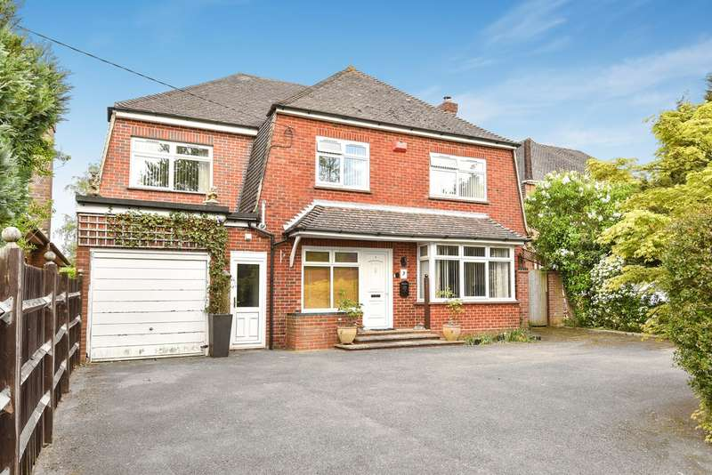 4 Bedrooms Detached House for sale in Homesteads Road, Kempshott, Basingstoke, RG22