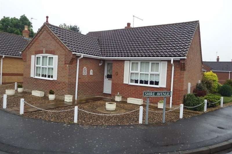 2 Bedrooms Detached Bungalow for sale in Westerly Way, Spalding