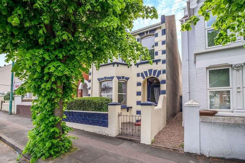 4 Bedrooms Semi Detached House for sale in Rock Avenue, Gillingham, ME7