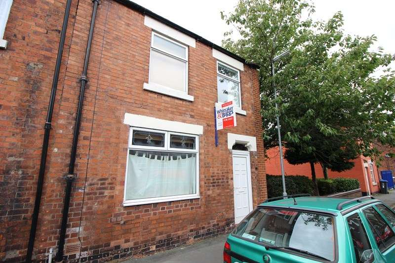 3 Bedrooms Terraced House for sale in Belle Vue, Leek, Staffordshire ST13