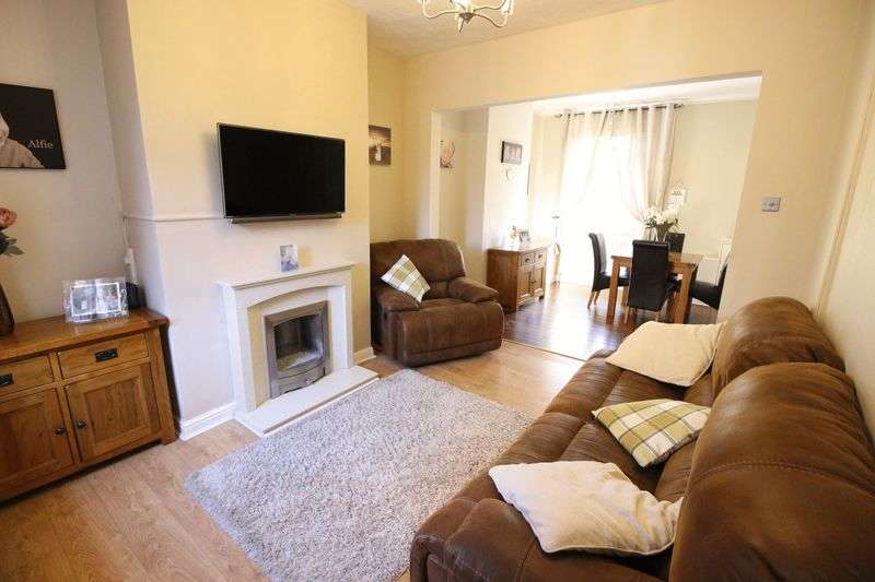 2 Bedrooms Terraced House for sale in Southbank Street, Leek ST13