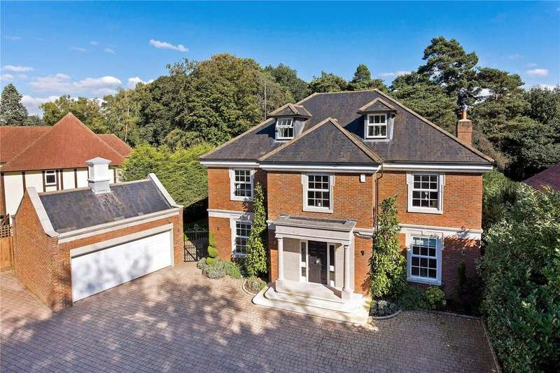 5 Bedrooms Detached House for sale in The Fairway, Weybridge, Surrey, KT13