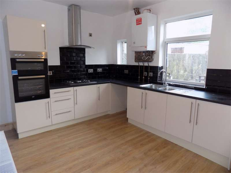 3 Bedrooms Terraced House for sale in St Germain Street, Farnworth, Bolton, Lancashire