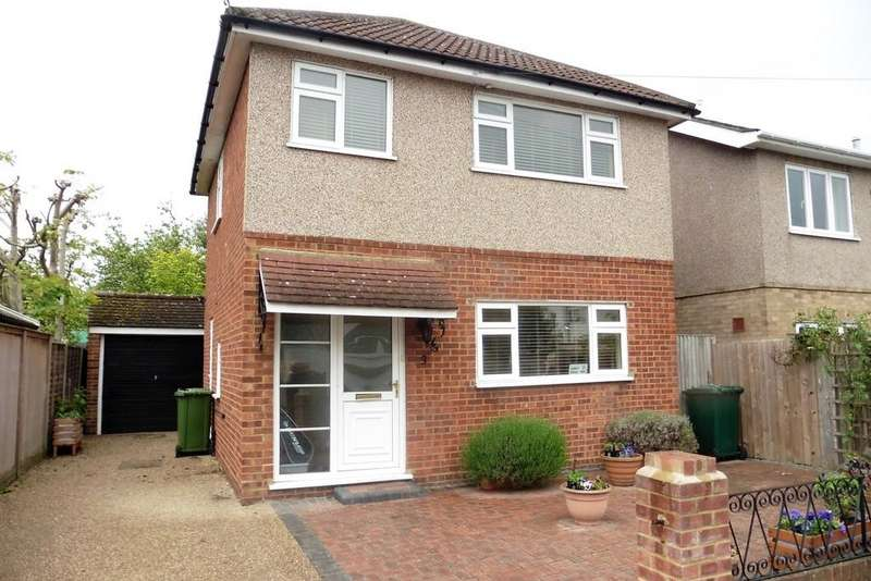 2 Bedrooms Detached House for sale in Chesterfield Road, Ashford,TW15