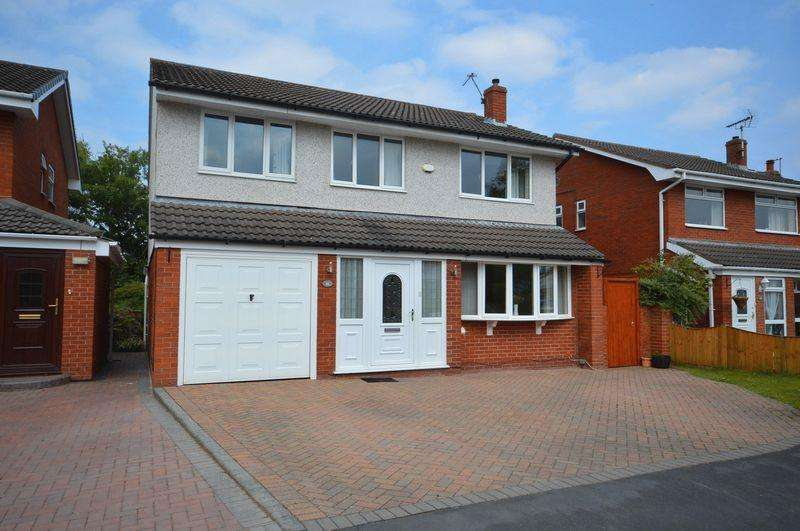 4 Bedrooms Detached House for sale in The Spinney, West Kirby