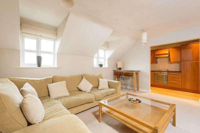 2 Bedrooms Flat for sale in St. Francis Close, Sandygate, Sheffield