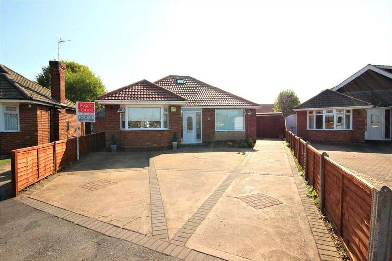3 Bedrooms Detached Bungalow for sale in Eastfield, Humberston, DN36
