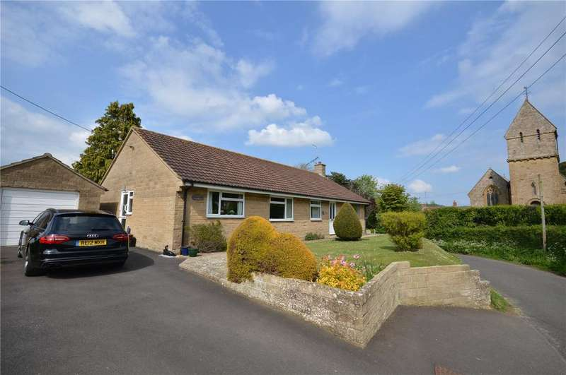 4 Bedrooms Bungalow for sale in Scotts Way, West Chinnock, Crewkerne, Somerset, TA18