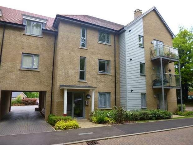 2 Bedrooms Flat for sale in Groundsel Walk, Leverstock Green, HEMEL HEMPSTEAD, Hertfordshire