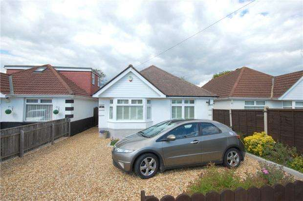 2 Bedrooms Detached Bungalow for sale in Poole, Dorset, BH12
