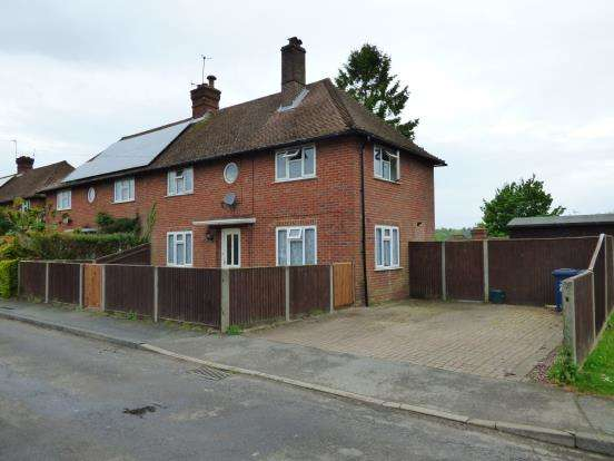 3 Bedrooms Semi Detached House for sale in Haslemere, Surrey