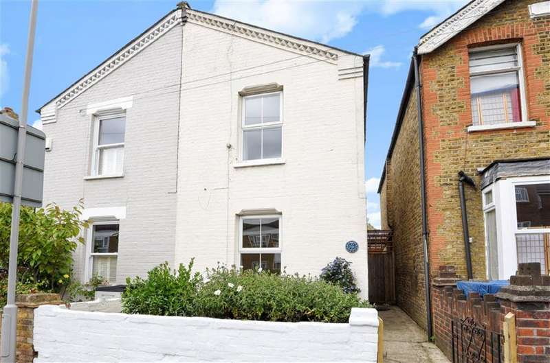 3 Bedrooms Property for sale in Elm Road, Kingston Upon Thames