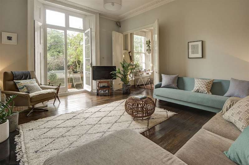 2 Bedrooms Property for sale in Parkhill Road, Belsize Park, NW3