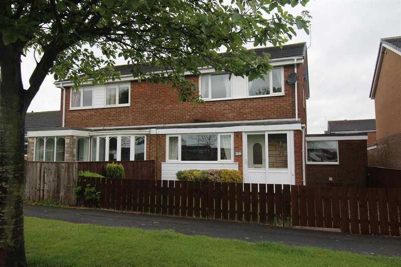 3 Bedrooms Semi Detached House for sale in Pentridge Close, Eastfield Chase, Cramlington