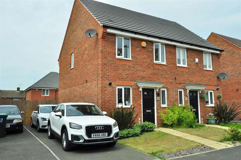 2 Bedrooms Semi Detached House for sale in Old College Avenue, Oldbury