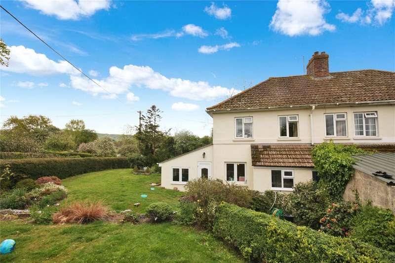 3 Bedrooms Semi Detached House for sale in Gold Hill, Child Okeford, Blandford Forum, Dorset