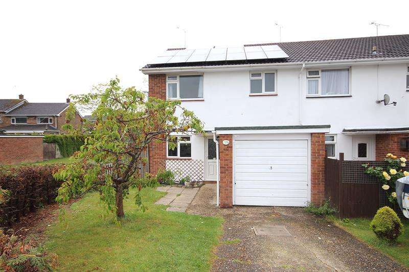 3 Bedrooms End Of Terrace House for sale in Phelipps Road, Corfe Mullen, Wimborne