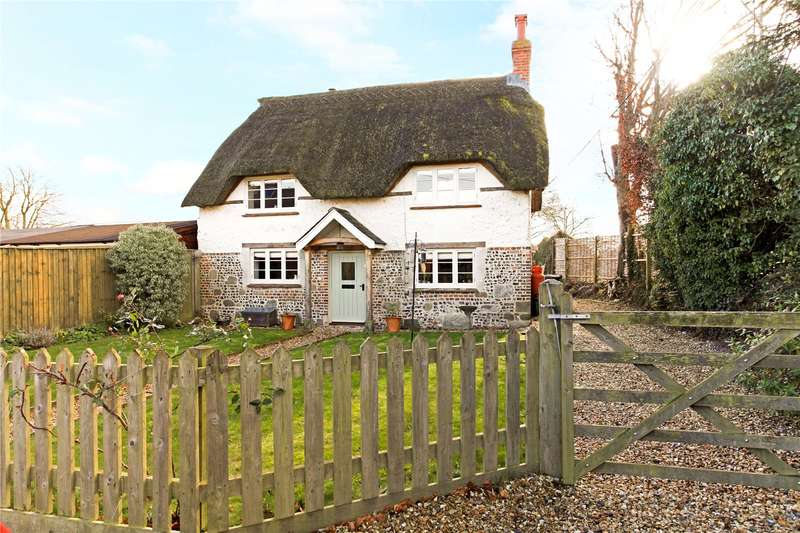 4 Bedrooms Detached House for sale in High Street, Sixpenny Handley, Salisbury, SP5