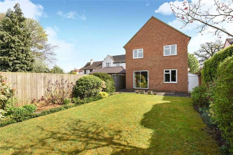 4 Bedrooms Detached House for sale in Billing Road East, Northampton, NN3