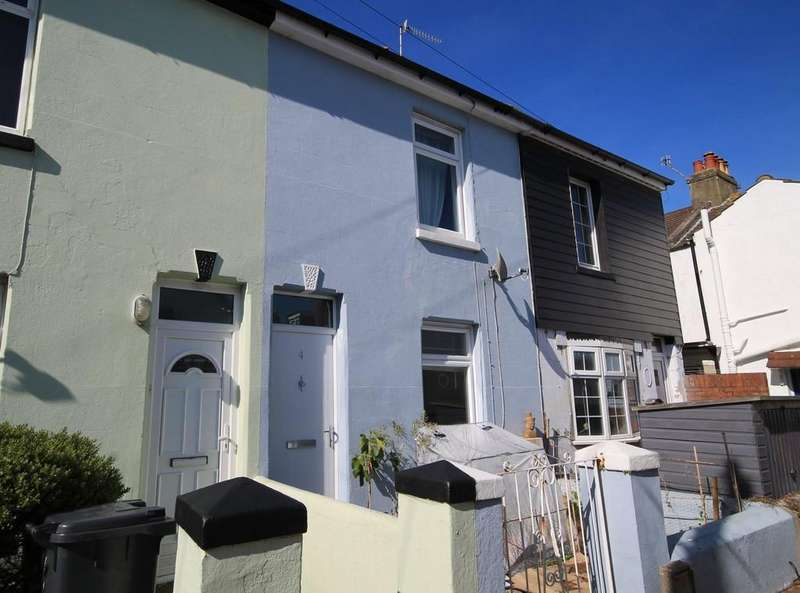 2 Bedrooms Terraced House for sale in Howard Street, Worthing BN11 4EN