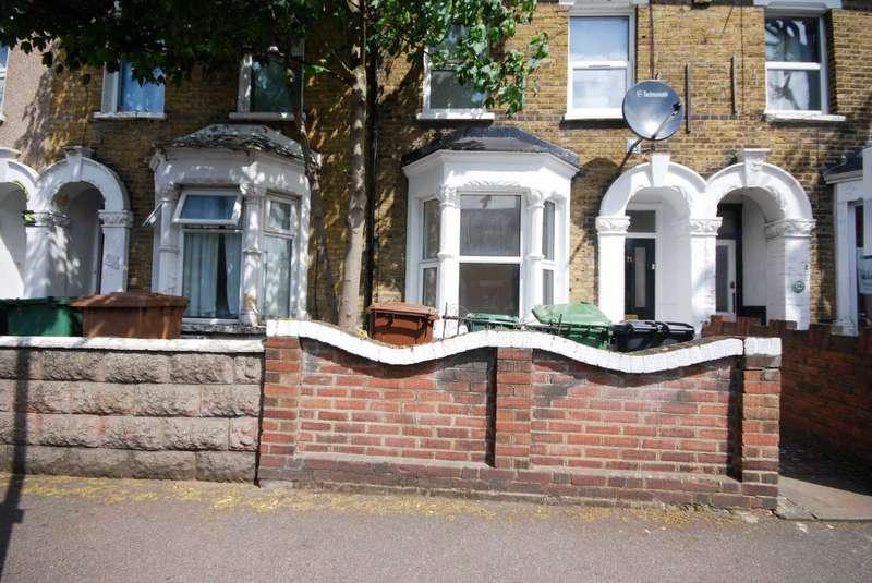 2 Bedrooms Flat for sale in Calderon Road, Leytonstone