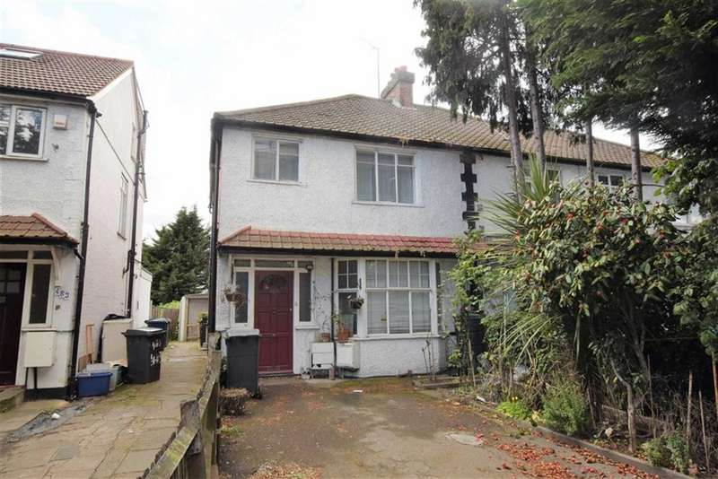 3 Bedrooms Semi Detached House for sale in Watford Way, Hendon, London