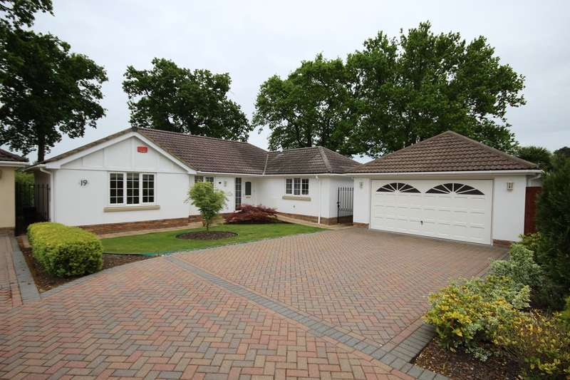 3 Bedrooms Detached Bungalow for sale in Lake Road, Verwood, BH31
