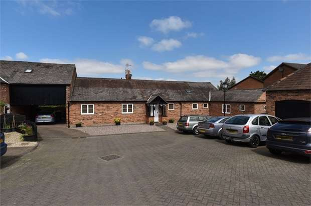 4 Bedrooms Semi Detached House for sale in Chester Road, Helsby, Frodsham, Cheshire
