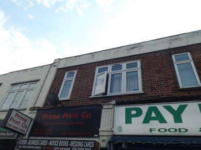 1 Bedroom Flat for sale in Seven Kings Road, Ilford, United Kingdom