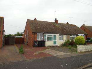2 Bedrooms Bungalow for sale in Rowland Drive, Herne Bay, Kent
