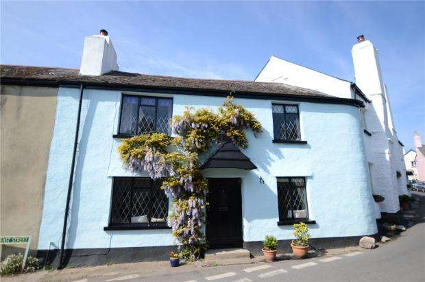 3 Bedrooms End Of Terrace House for sale in East Street, Denbury, Newton Abbot, Devon