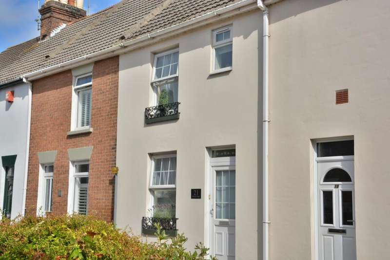 4 Bedrooms Terraced House for sale in Heckford Park, Poole