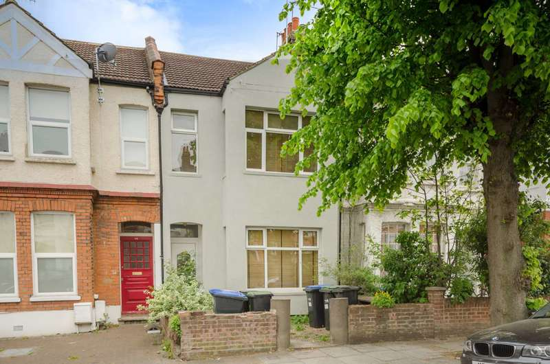 2 Bedrooms Flat for sale in Avondale Road, Palmers Green, N13