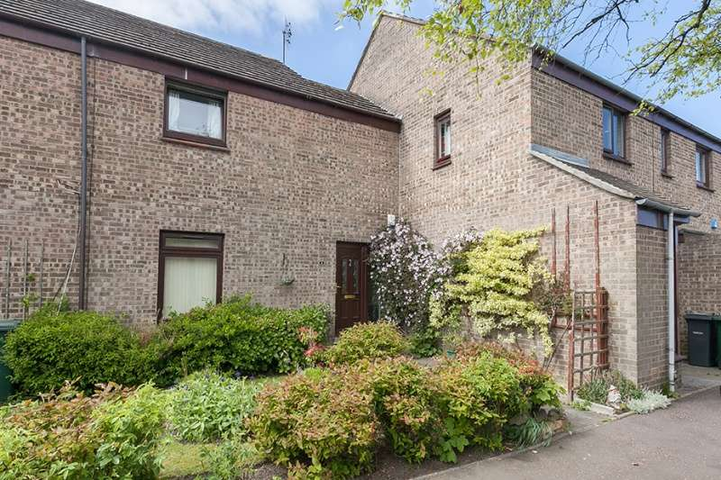 3 Bedrooms Terraced House for sale in Lockerby Grove, Liberton, Edinburgh, EH16 6RU