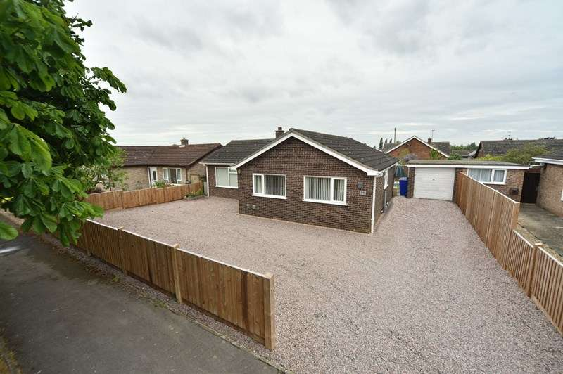3 Bedrooms Detached Bungalow for sale in Covey Way, Lakenheath, Brandon