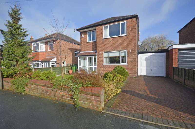 3 Bedrooms Detached House for sale in Denison Road, Hazel Grove