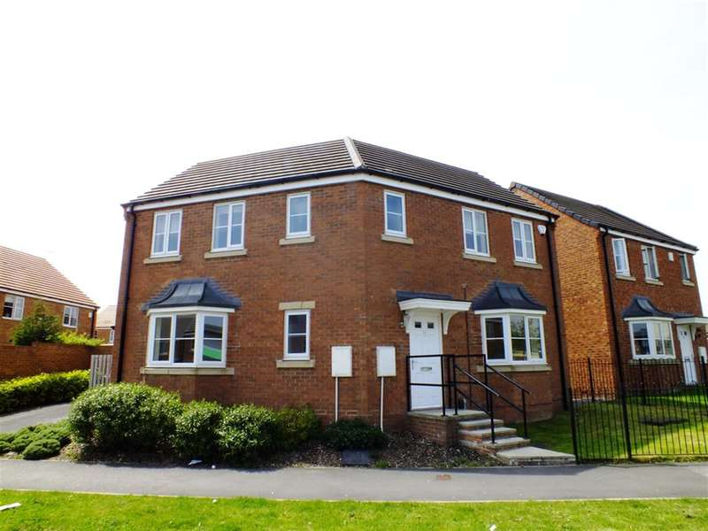 3 Bedrooms Detached House for sale in Whinmoor Way, Leeds, West Yorkshire, LS14 5LU