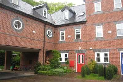 5 Bedrooms Mews House for rent in Ye Priory Court, Woolton L25