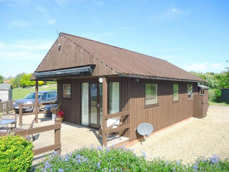 2 Bedrooms Bungalow for sale in Valley View Lodges, Station Road, Nawton, York